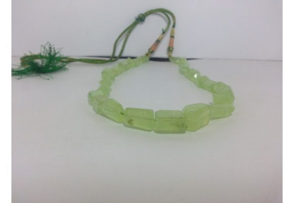 prehnite beads necklace