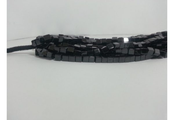 black spinel cube beads