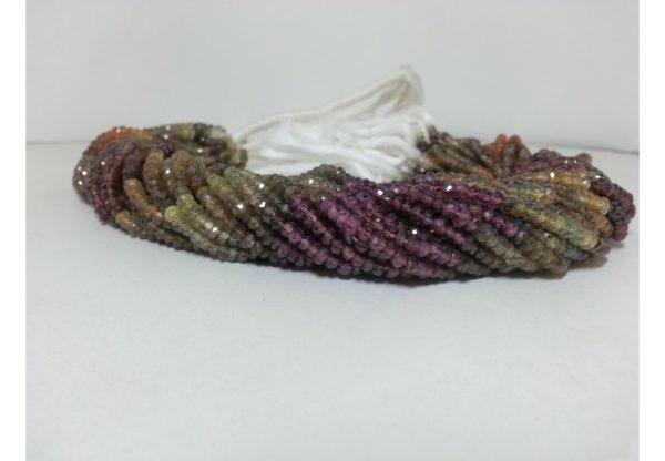 tundro garnet beads