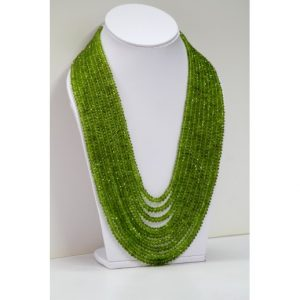 peridot beads necklace
