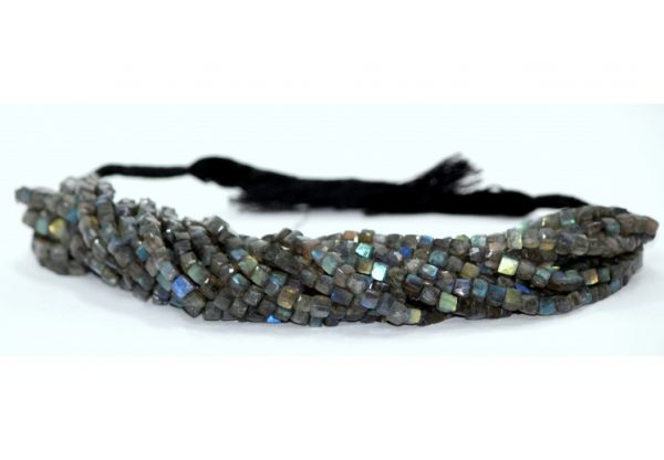 labradorite box beads