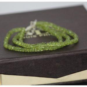 peridot beads bracelet