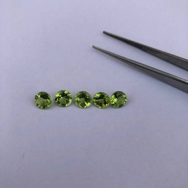 6mm peridot gemstone lot